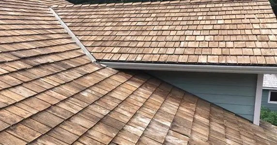 best cedar roof cleaning services