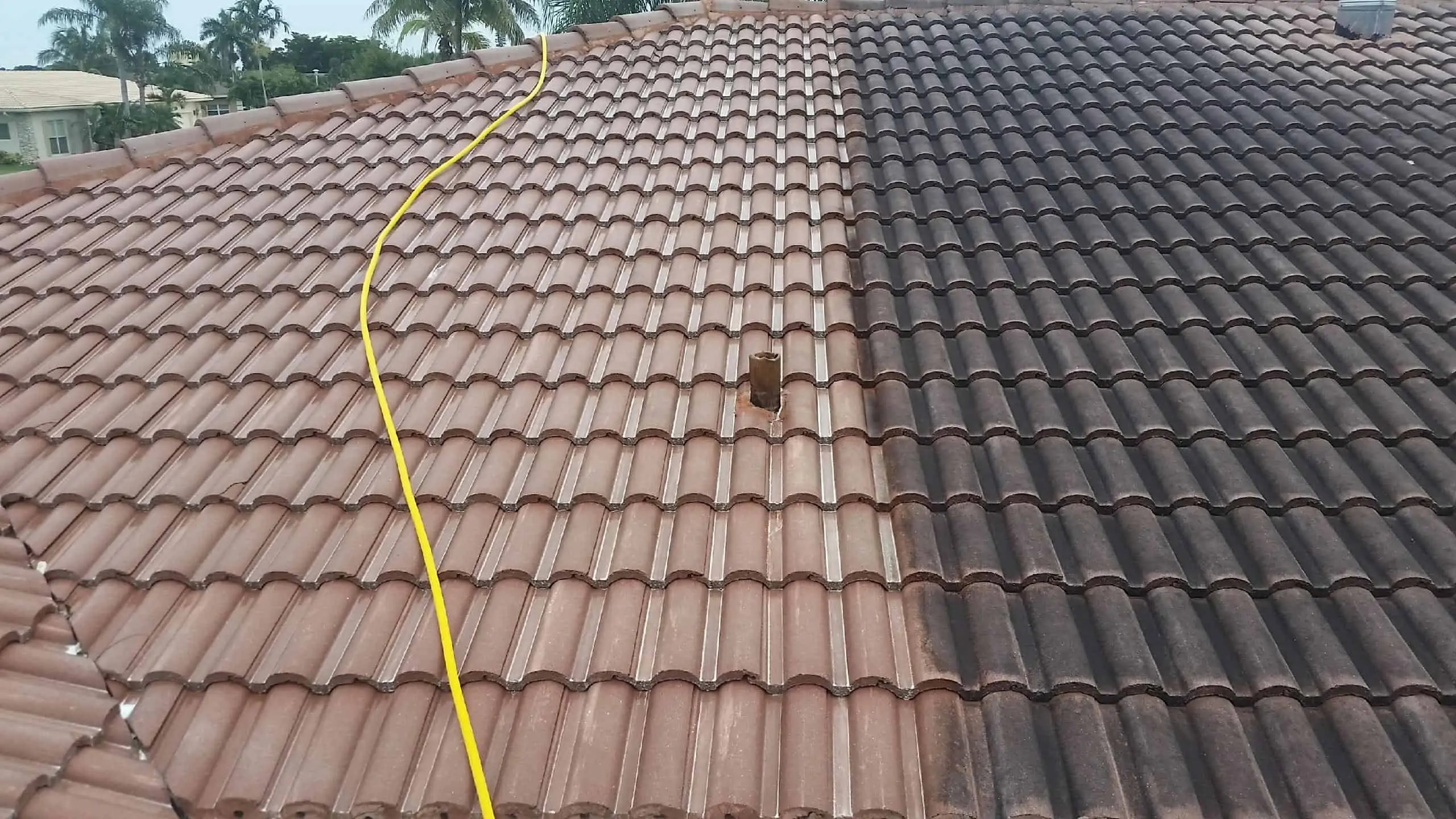 certified roof cleaning services near