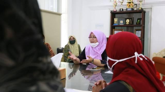 Ketua TP PKK Kota Makassar Rossy Timur Wahyuningsih