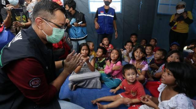 Kondisi pengungsian korban banjir bandang di Luwu Utara