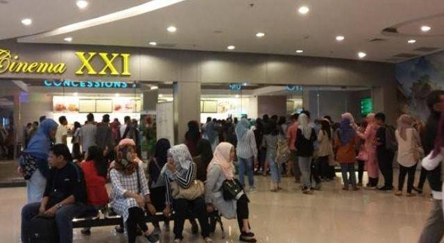 Ilustrasi Bioskop di Makassar