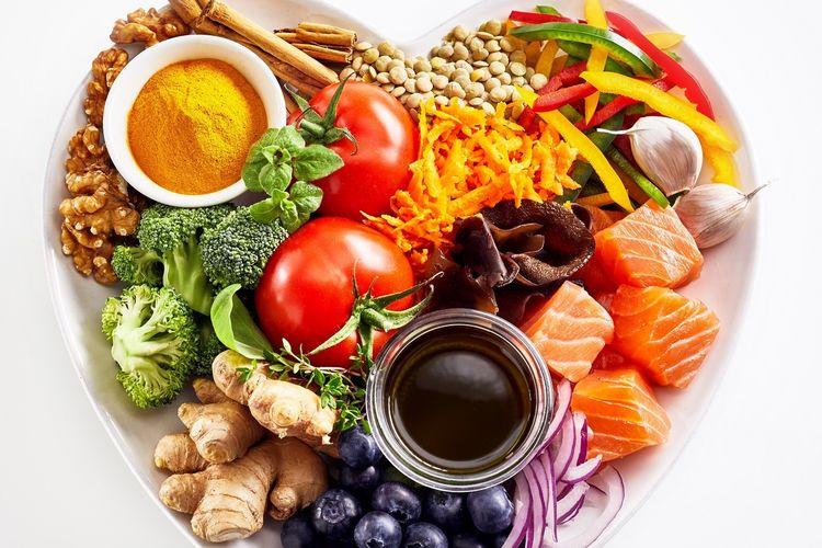 Ilustrasi makanan sehat dan higenis.