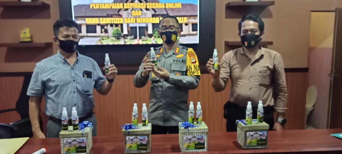 Polres Takalar melakukan inovasi dengan membuat hand sanitizer berbahan minuman tradisional yakin tuak.