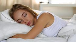 12 Bahaya Kesehatan Mengintai Ketika Tidur Tengkurap