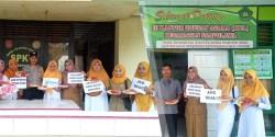 UPTD Puskesmas Sampolawa Selipkan Edukasi di International Fruit Day