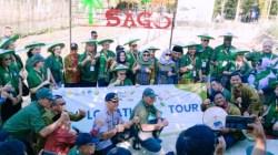 Foto bersama peserta diplomatic tour dan jajaran Pemerintah Kabupaten Konawe saat di Kampung Sagu Desa Labela, Kacamatan Besulutup pada Jum'at (1/11/2019). (Foto: Ulul Azmi/SULTRAKINI.COM)