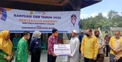 Bank Sultra Serahkan Bantuan CSR di Kecamatan Lasalimu Selatan