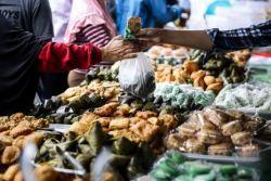Berkah Ramadan, Omset Sejumlah Penjual Takjil di Masa Pandemi Melejit