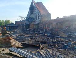 Kerugian Ditaksir Rp 5 Miliar Akibat Kebakaran Pasar Sentral Wakuru