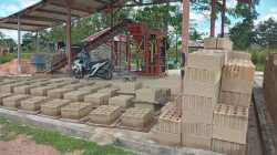 Batako hasil cetak narapidana yang sedang dikeringkan (Foto: Al Iksan/SULTRAKINI.COM)