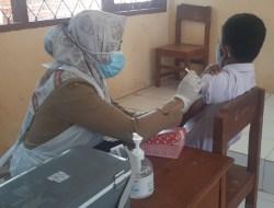 Serbuan Vaksin Terpadu TNI Kodim 1413/Buton Sasar Pelajar di Sorawolio