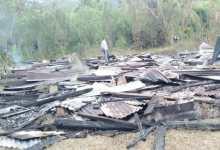 Photo of Diduga Janggal, Polisi Selidiki Penyebab Rumah Warga Terbakar di Koltim