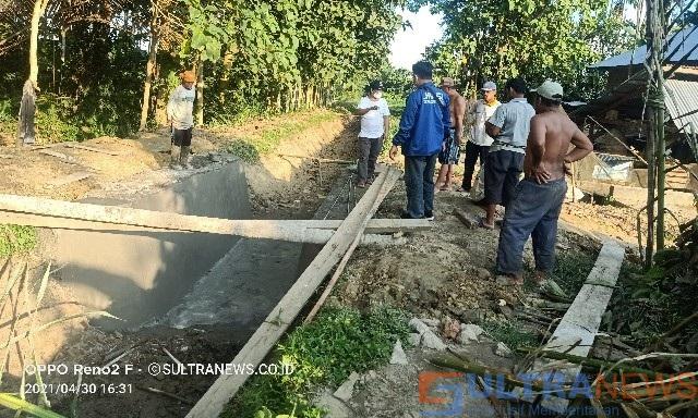Transparansi Penggunaan DD, Desa Kasukia Swadaya Bangun JUT