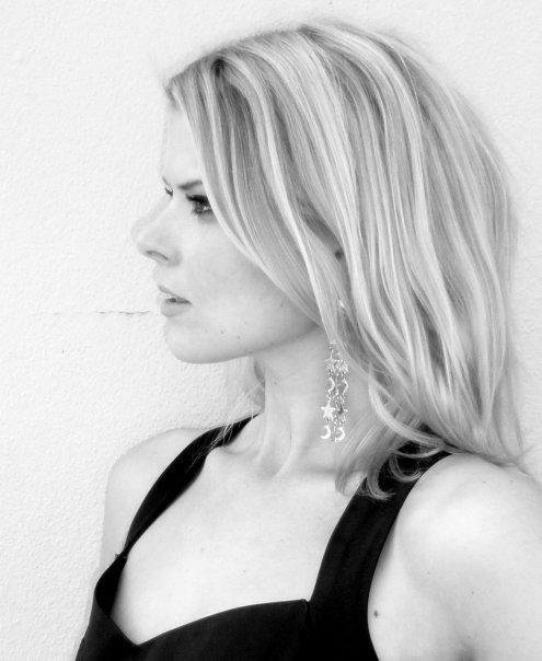 Karina Halle
