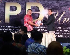 Serahkan LKPD 2019, Gubernur Olly Harap BPK Terus Beri Masukan