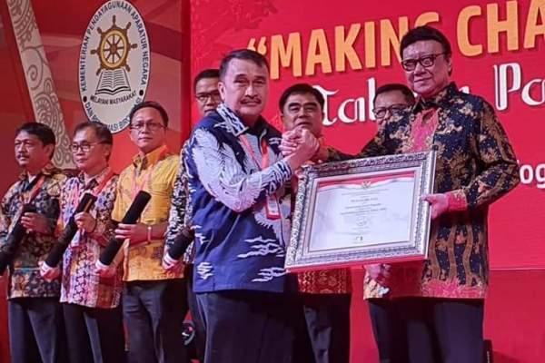 "On Track, Kembali Raih SAKIP BB, Walikota Sukses Bawa Pemkot Manado Perkuat Kualitas SAKIP Tahun Depan Target ""A"""