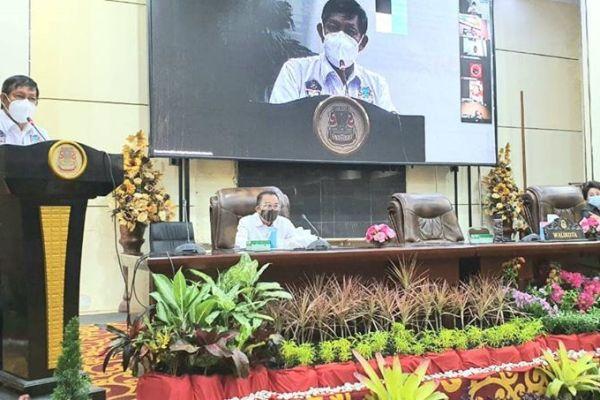 Walikota GSVL Hadiri Rapat Paripurna DRPD Kota Manado