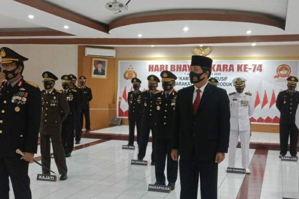Wagub Kandouw Hadiri Upacara Hari Bhayangkara ke-74 secara Virtual di Polda Sulut