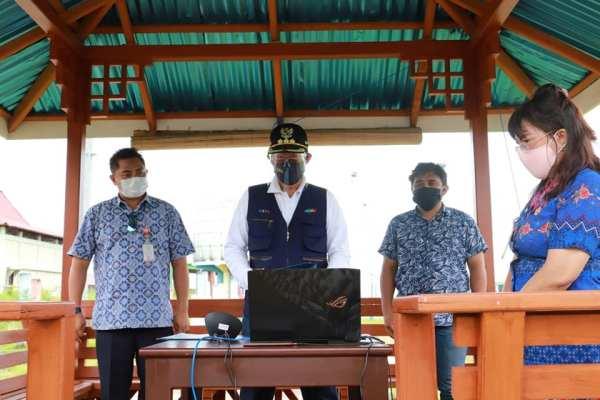 Bacakan Ikrar Penanda Peluncuran Kemitraan, Walikota GSVL Wakili  Bupati/ Walikota Pesisir Untuk Tujuan Berkelanjutan 14 Ekosistim Laut di Sulut