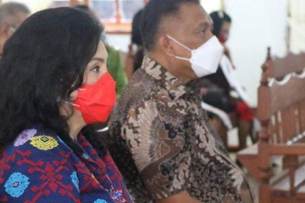 Gubernur Olly Bareng Istri Hadiri ibadah Syukur HUT ke-33 GMIM Viadolorosa Kairagi Dua