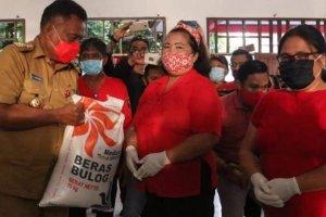 Gubernur Olly Salurkan 125 Ton Beras Bansos untuk 4.175 KPM di Tomohon
