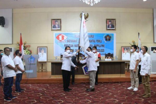 Sah! Pjs Gubernur Fatoni Lantik Pengurus MAPPILU PWI se-Provinsi Sulut Periode 2020-2025