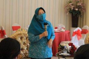 Ibu Tyas Fatoni Pimpin Rapat Matangkan Persiapan Gerakan Sulut Bermasker
