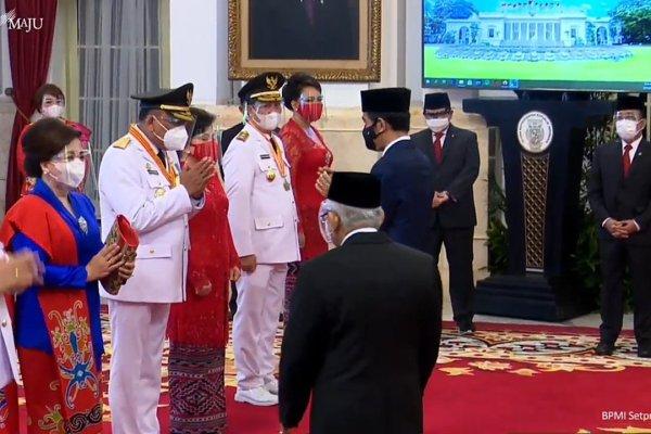 Presiden Jokowi Lantik Olly-Steven Sebagai Gubernur dan Wagub Sulut 2021-2024