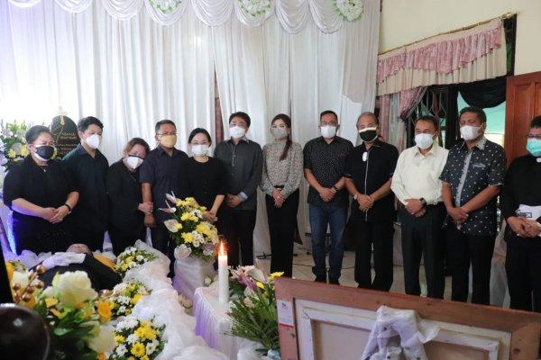 AARS dan Pemkot Manado Ikuti Ibadah Penghiburan Alm Drs Winsulangi Salindeho