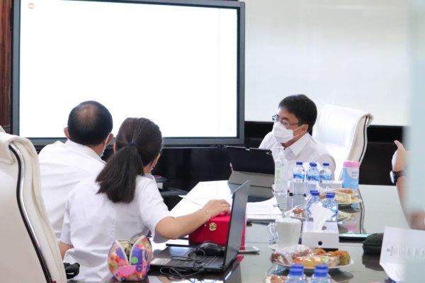 Walikota Angouw Melakukan Pembahasan Teknis Soal Infrastruktur Kota Dengan PUPR