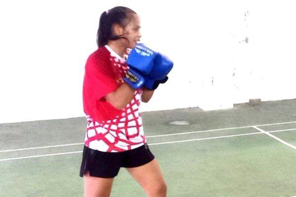 Angel Runtukahu Atlet Putri Muaythai Lolos ke Final Setelah Kalahkan Maluku