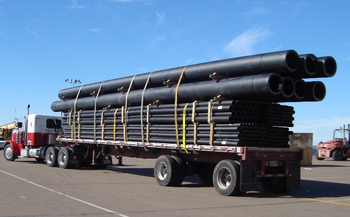 HDPE-pipe-on-truck