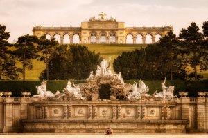 Glorietta i fontanna Neptuna | Wiedeń, Austria