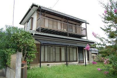 埼玉県皆野町 高床式山荘で森の生活 390万円