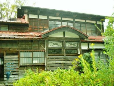 新潟県上越市 木々に囲まれた広大な古民家 250万円