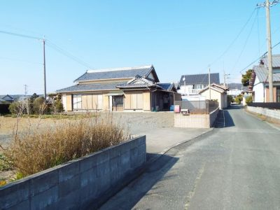 静岡県掛川市の田舎物件 入母屋造りの風格ある民家 6DK 980万円