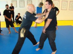 Harimau Erik Kruk Silat Self Defense Difesa Personale