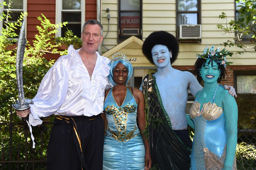 A photo of Mayor Bill de Blasio and family dressed up for the Mermaid Parade in 2014