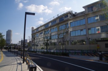 イーストコア曳舟と京成電鉄本社