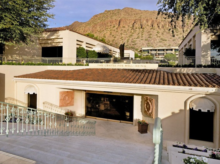 Centre for Well-Being at The Phoenician Spa Entrance