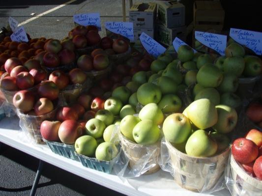 Fuji & Golden Delicious Apples