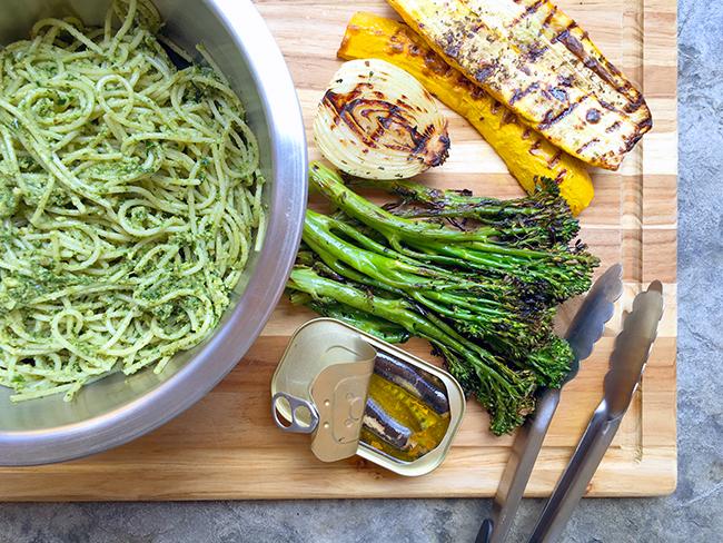 Pesto Pasta with Grilled Veggies and Sardines