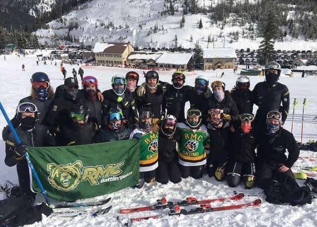 The 2021 Battlin' Bears Ski Team at Lookout are all smiles under their masks