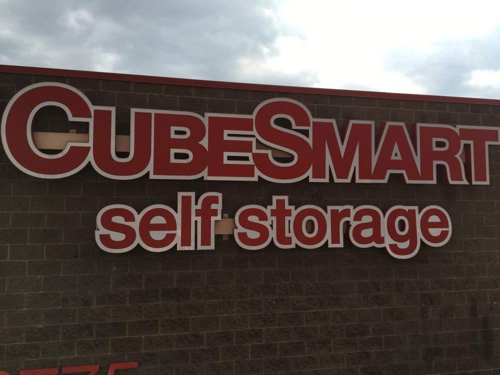 cubesmart channel letter raceway e1517429974450 - cubesmart-channel-letter-raceway