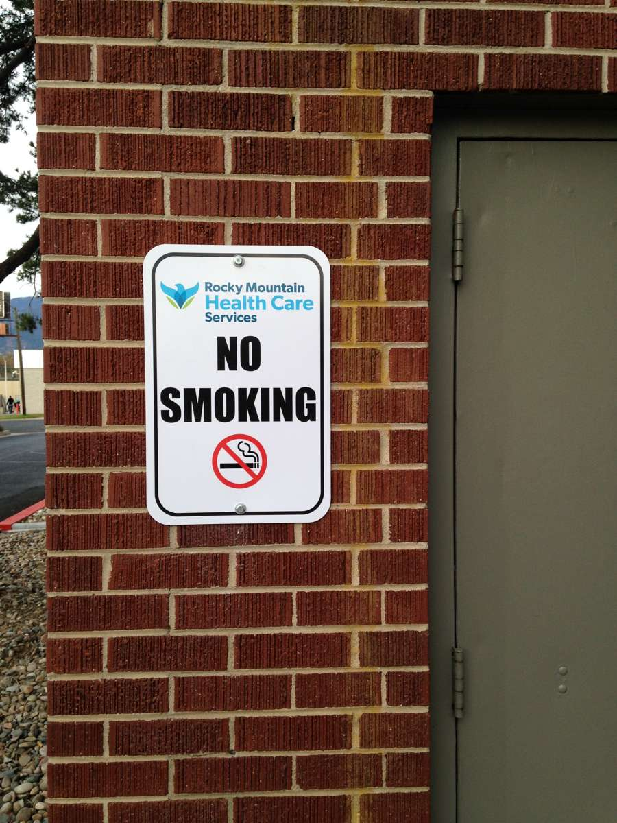 Rocky Mountain smoking sign