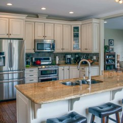Summit Kitchens Kitchen Islands That Look Like Furniture Pointe Builders