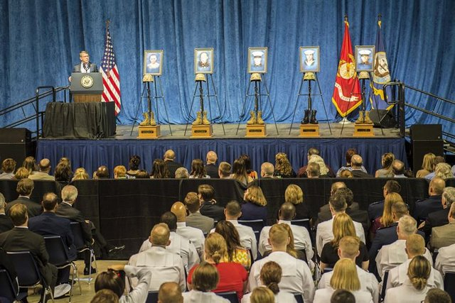 Carter, Top Leaders Honor Victims of Chattanooga Attack  ~ Terri Moon Cronk DoD News