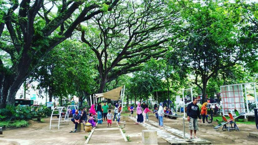 wisata di taman trunojoyo