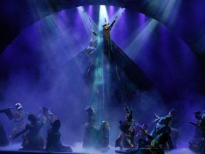 Scene from Wicked...Elphaba above the cast. Amazing