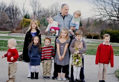 Joe with his great grandchildren, plus his granddaughter Savannah (Sherry's daughter) in Dec. 2012